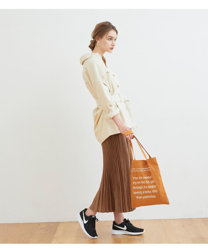 2019秋titivete(ティティベイト)のファッションコーデ